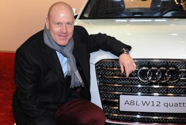 Didier Cuche avec le gotha du sport automobile à Kitzbühel
