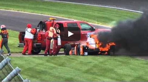 Essais Indy 500 – la monoplace de Simona de Silvestro en feu!  (vidéo)