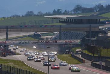La Renault RS01 FGT3 V8 Racing mène la danse après la première partie des Hankook 12H ITALY-MUGELLO