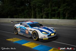 Aston Martin V8 Vantage #99 de Gary Hirsch