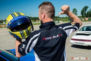 Le pilote Fredy Barth fière de porter les couleurs Sport-Auto.ch