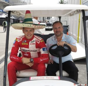 06-Matheo Tuscher et l'envoye special de Sport-Auto.ch au Mexique@Photo Laurent Missbauer
