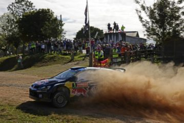 Volkswagen going all out for victory at the Polo R WRC's last hurrah