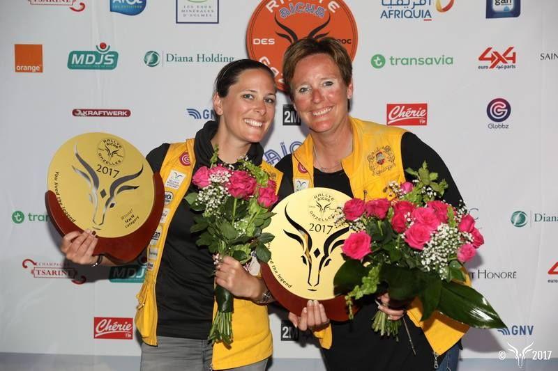 01-Les gagnantes Regine Zbinden (a dr.) et Lydia Christen@Photo Rallye Aicha des Gazelles