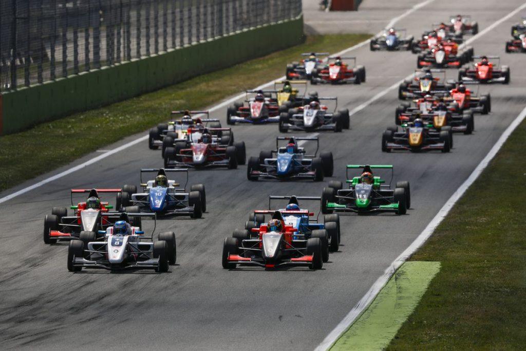 AUTO - EUROCUP FORMULA RENAULT 2.0 - MONZA 2017