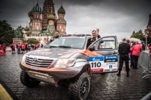 Decre Pellichet Toyota Overdrive Place Rouge Moscou Départ Silk Way Rally 2017