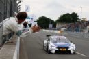 DTM – Zweites Rennen, zweiter BMW Sieg: Maxime Martin gewinnt turbulenten Sonntagslauf auf dem Norisring.