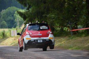 Rallye du 14 juillet - Lisiane Zbinden Marion Vare Twingo RS - jump