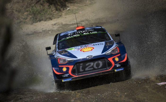 Dani Sordo im Hyundai i20 Coupe WRC auf Platz zwei bei Rallye Mexiko