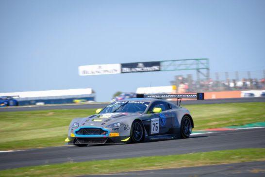 Blancpain GT Series – R-Motorsport remporte une victoire provisoire
