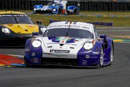Zehn Porsche 911 RSR beim härtesten Autorennen der Welt