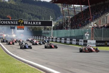 F2 – De Vries storms to commanding Spa Feature Race win