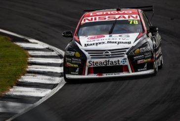 Supercars – Simona de Silvestro en difficulté avec sa mécanique, les deux leaders du championnat dos à dos