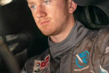 Neuzugang Ricky Collard beim Debüt des neuen Aston Martin Vantage V8 GT3 für R-Motorsport in Abu Dhabi am Start